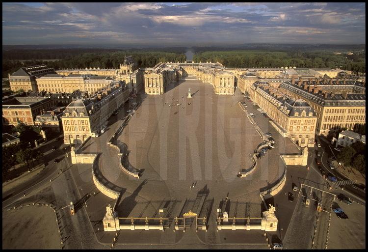 grille royale versailles