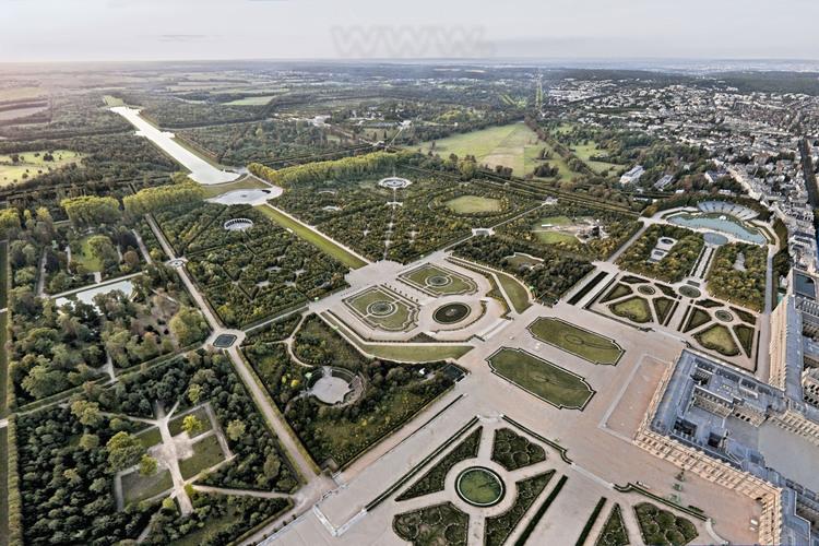 Vue d 39 ensemble des jardins de versailles depuis le sud - Jardin du chateau de versailles gratuit ...