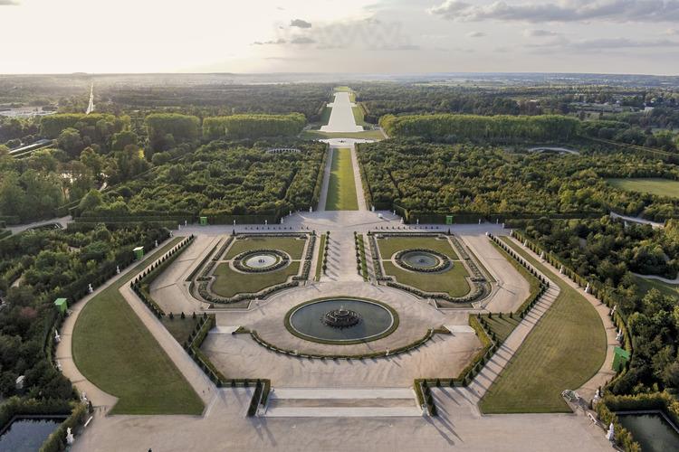 Vue D 39 Ensemble Des Jardins De Versailles Depuis L 39 Est Dans Le Grand Parc De Versailles Con U