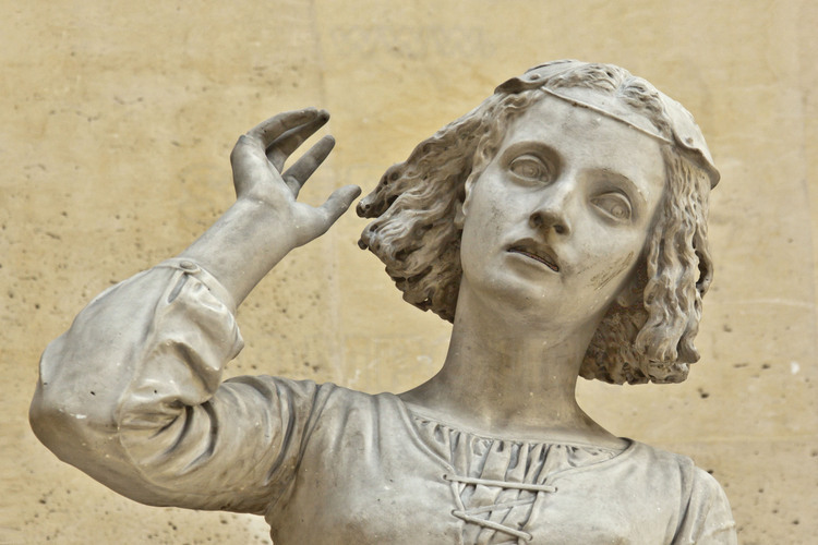 Domremy, where Joan of Arc was born January 6, 1412. Marble statue of Joan of Arc listening to her voice, made ​​in 1845 by the sculptor Francois Rude.