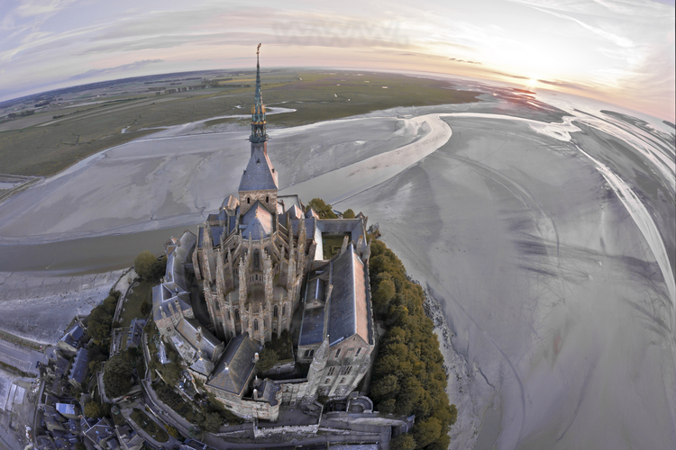 Overview of the Mont Saint Michel at dusk, from the east.